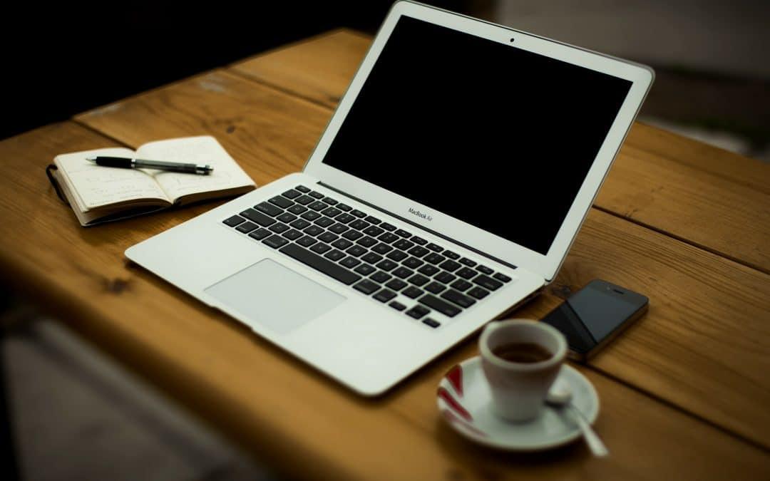 Trabajar desde casa es uno de los salarios emocionales más valorados